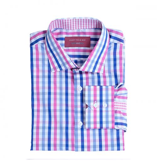 blauw roze en wit overhemd
